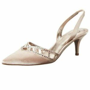 New in Box Adrianna Papell Haven Dress Pump